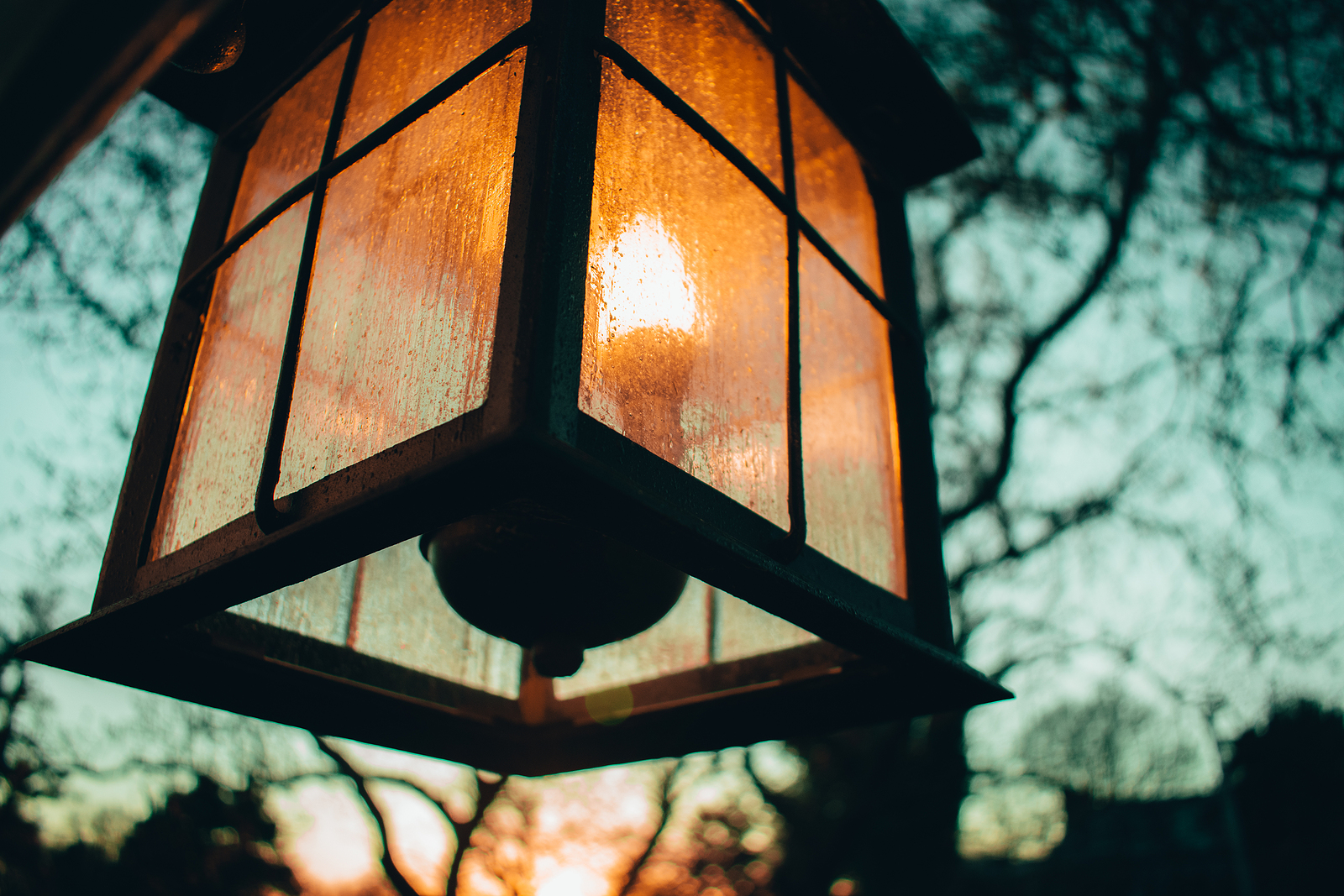 exterior-lighting-says-welcome-wilcox-electric-dc
